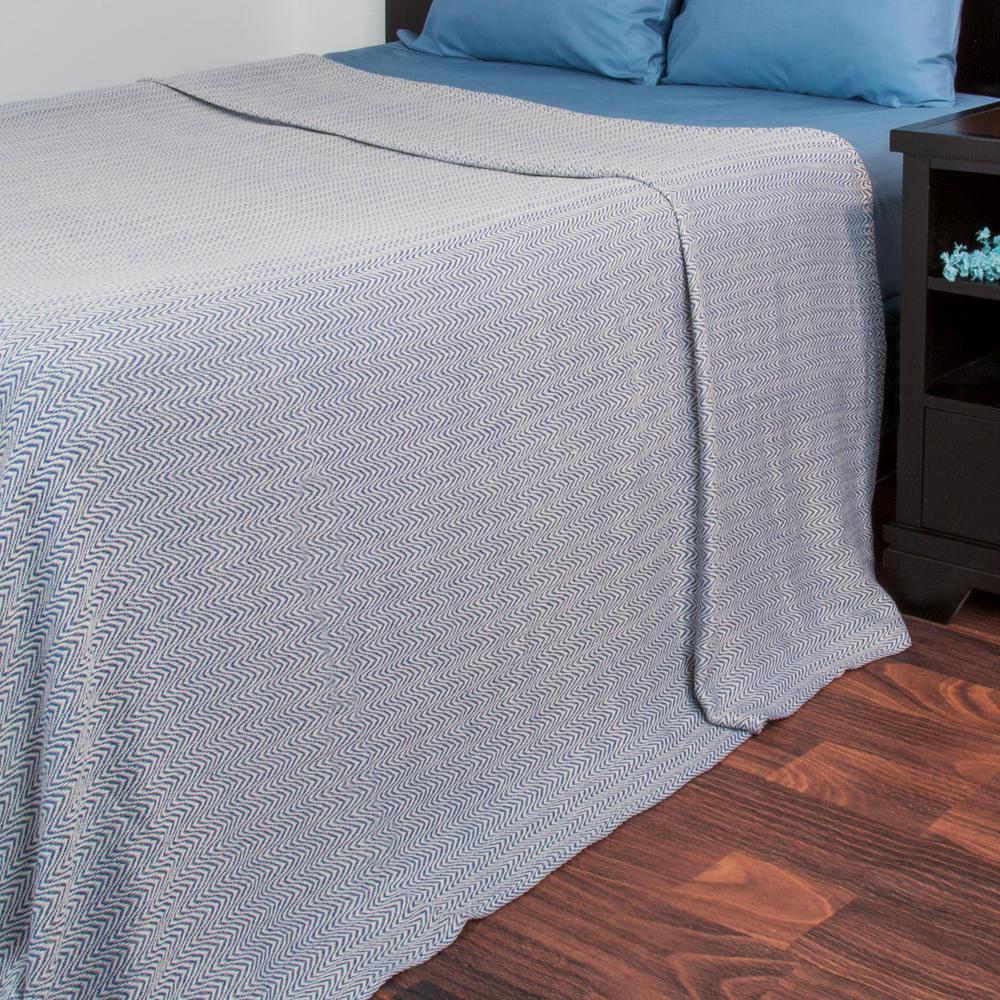 Trademark Global Chevron Blue 100% Egyptian Cotton Full/Queen Blanket 61-88-FQ-BL