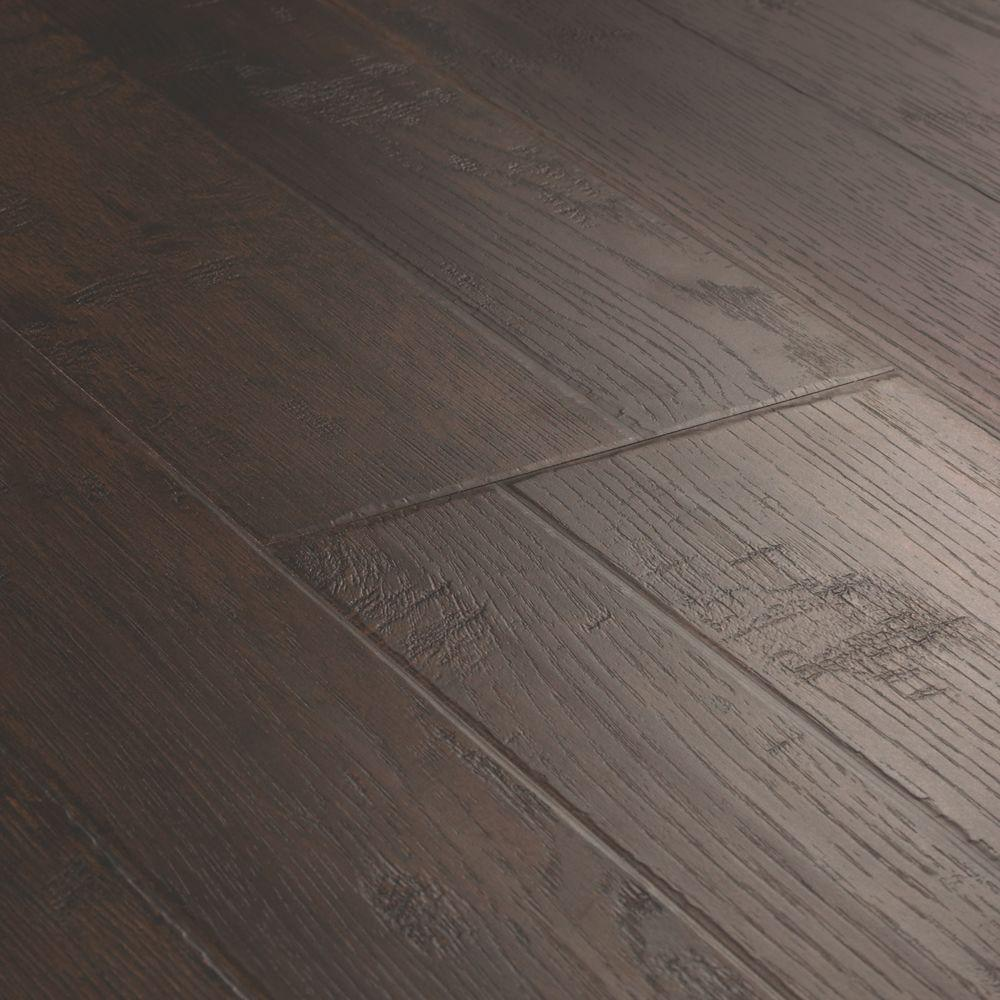 Wood Laminate Flooring Lifting: Pergo Outlast+ Mainland Brown Hickory 10mm Thick X 7-1/2