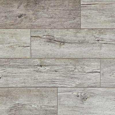 Silver Cliff Oak 12 mm T x 7.48 in. W x 50.67 in. L Water Resistant Laminate Flooring (18.42 sq.ft./case)