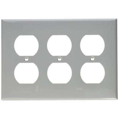 3-Gang 3 Duplex Receptacles, Standard Size Nylon Wall Plate - Gray