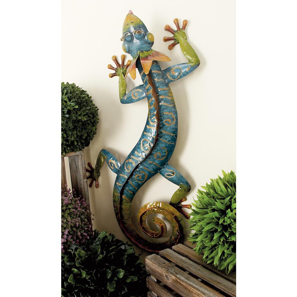 LITTON LANE 29 in. Metal Blue and Green Crawling Gecko Garden Sculpture