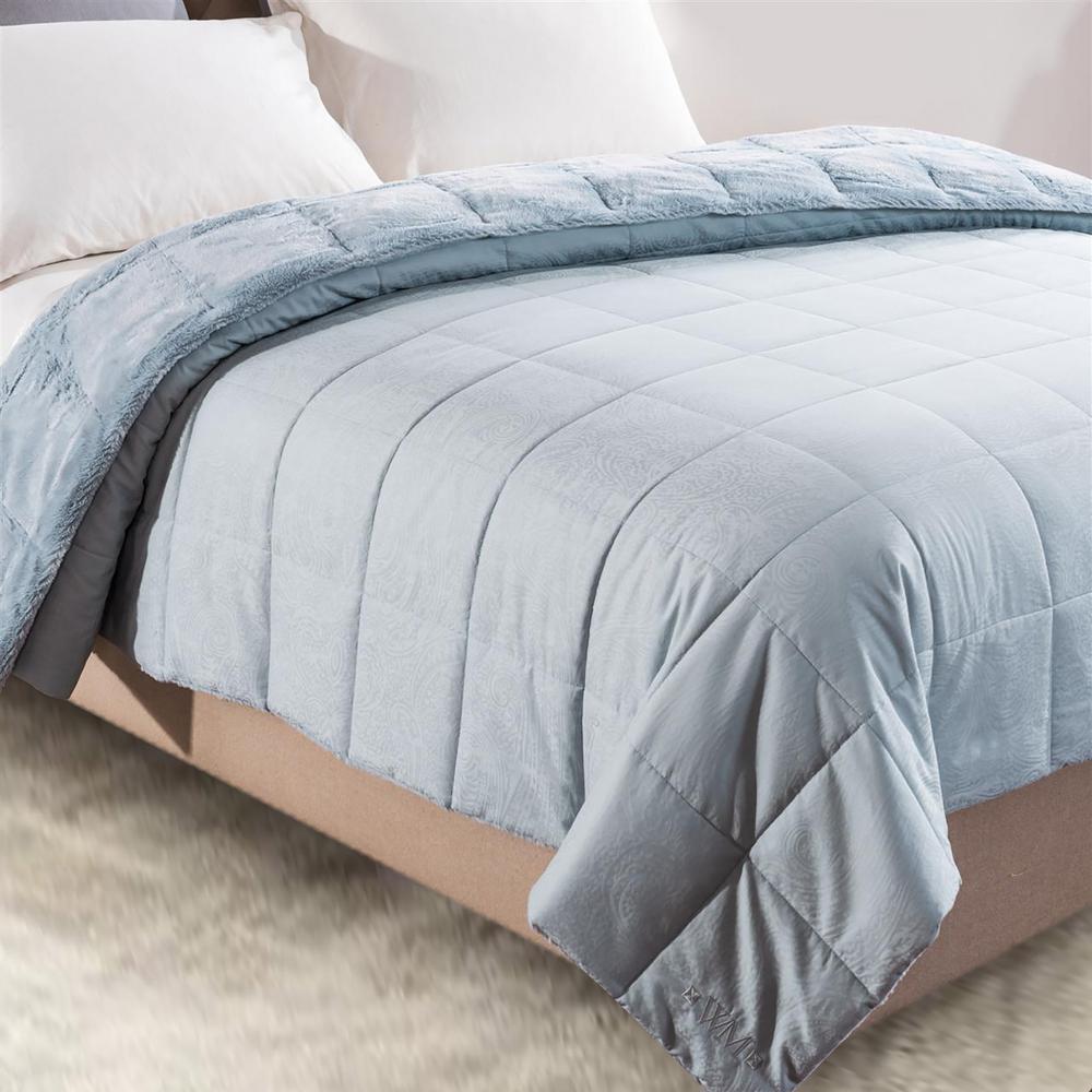 Cozy Jacquard Aero Queen Blanket