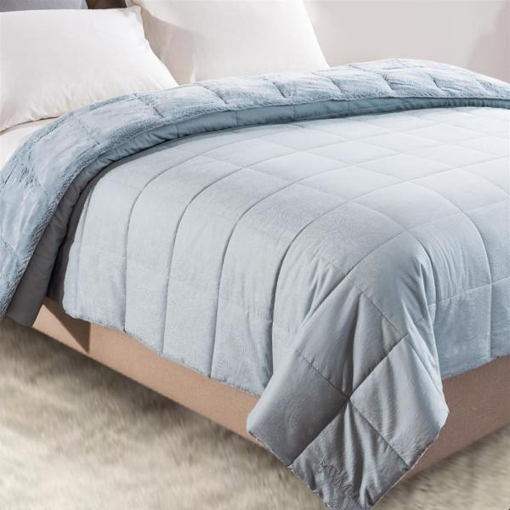 Cozy Jacquard Aero King Blanket