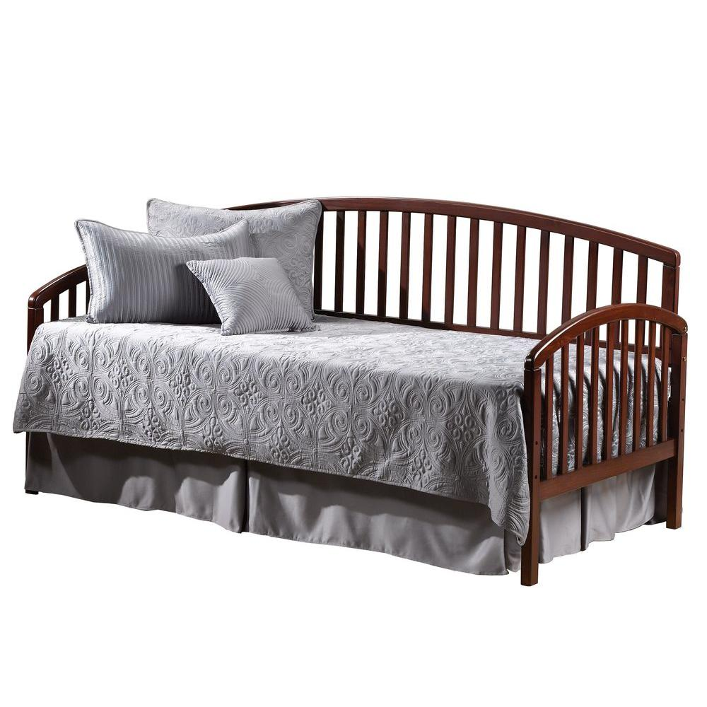 Hillsdale Furniture Carolina Twin Size Daybed in Cherry