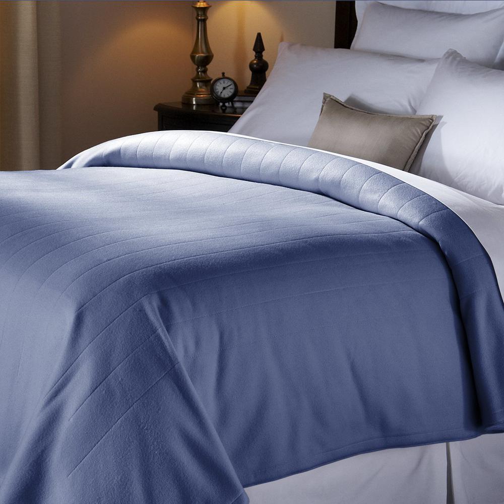 Newport Blue Quilted Twin Fleece Heated Blanket