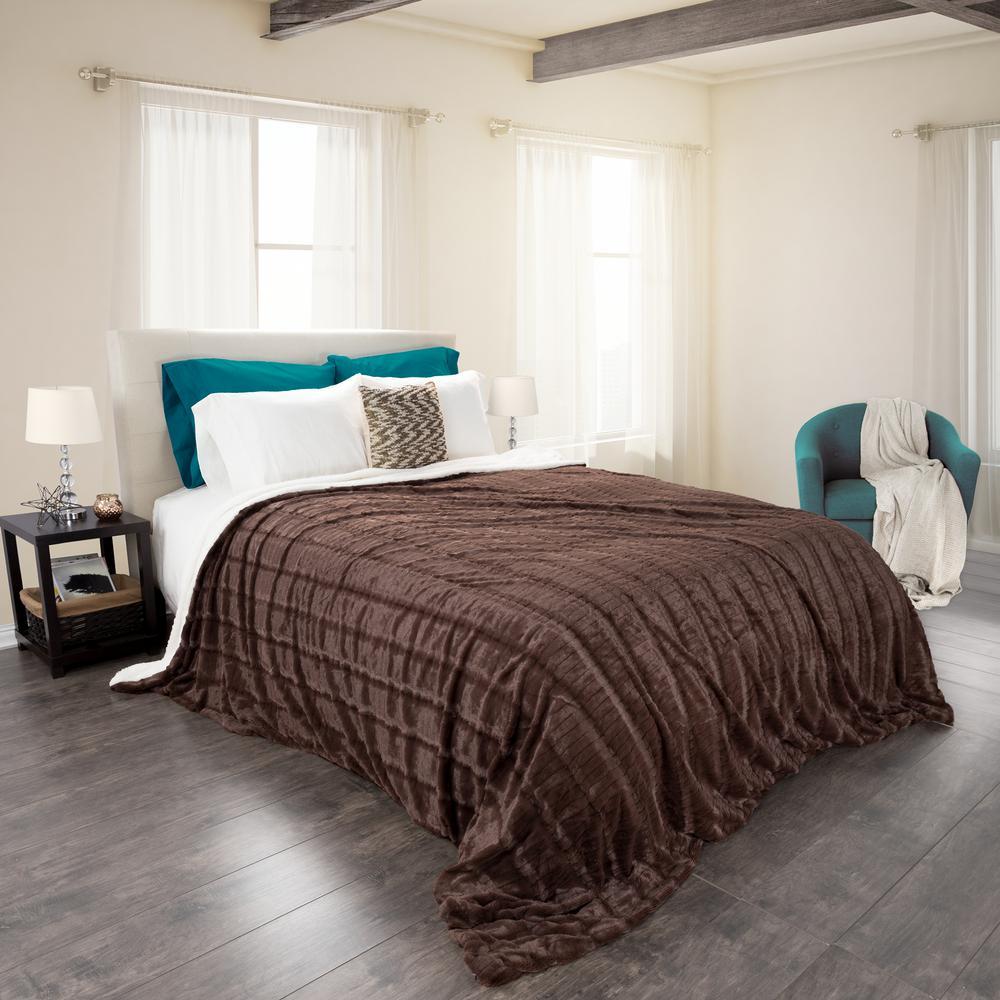 Lavish Home Chocolate Polyester Fleece Sherpa Twin Blanket