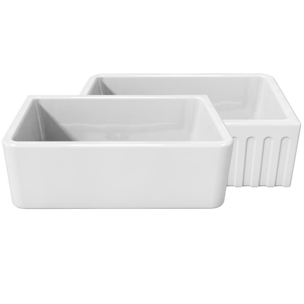 LaToscana La Toscana Farmhouse Apron-Front Fireclay 30 in. Single Basin Kitchen Sink in White