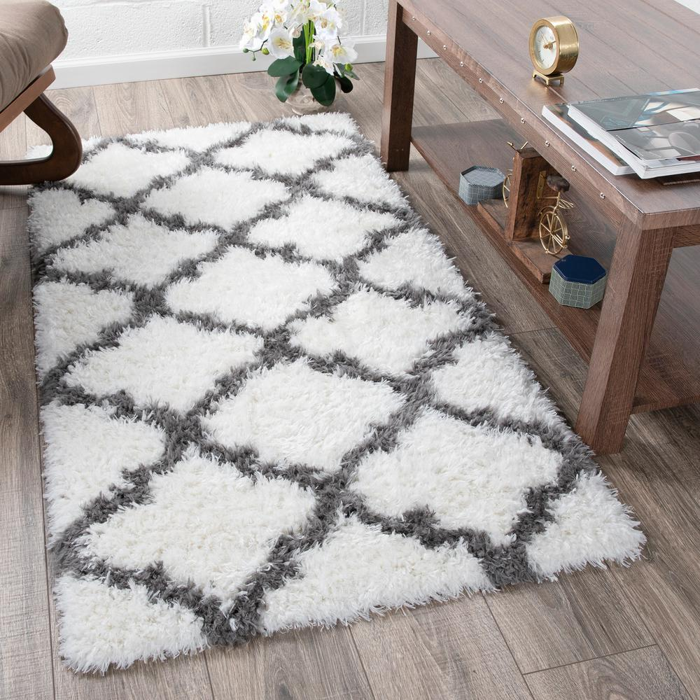 Flokati Collection White 3 Ft X 5 Trellis Runner Rug