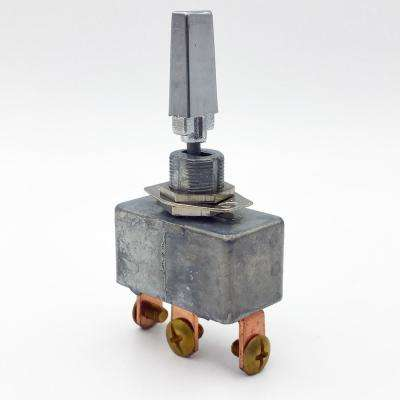 420-Watt 35 Amp Toggle Switch