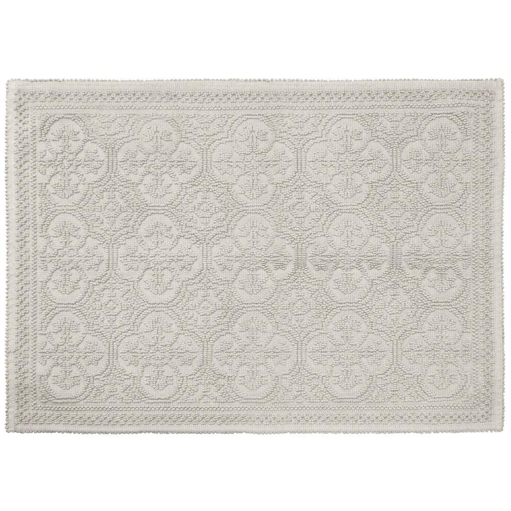 Clementine Beaded Cotton 27 in. x 45 in. Bath Rug, Light