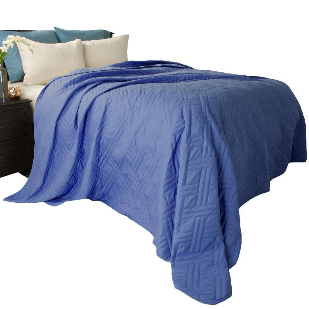 Lavish home solid color navy king bed quilt