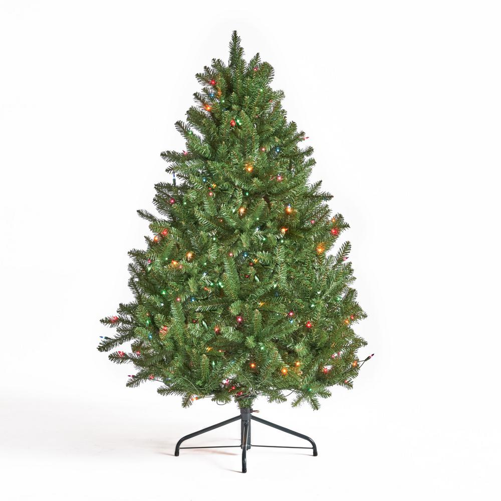 4 5 Ft Pre Lit Christmas Tree: Noble House 4.5 Ft. Pre-Lit Norway Spruce Hinged
