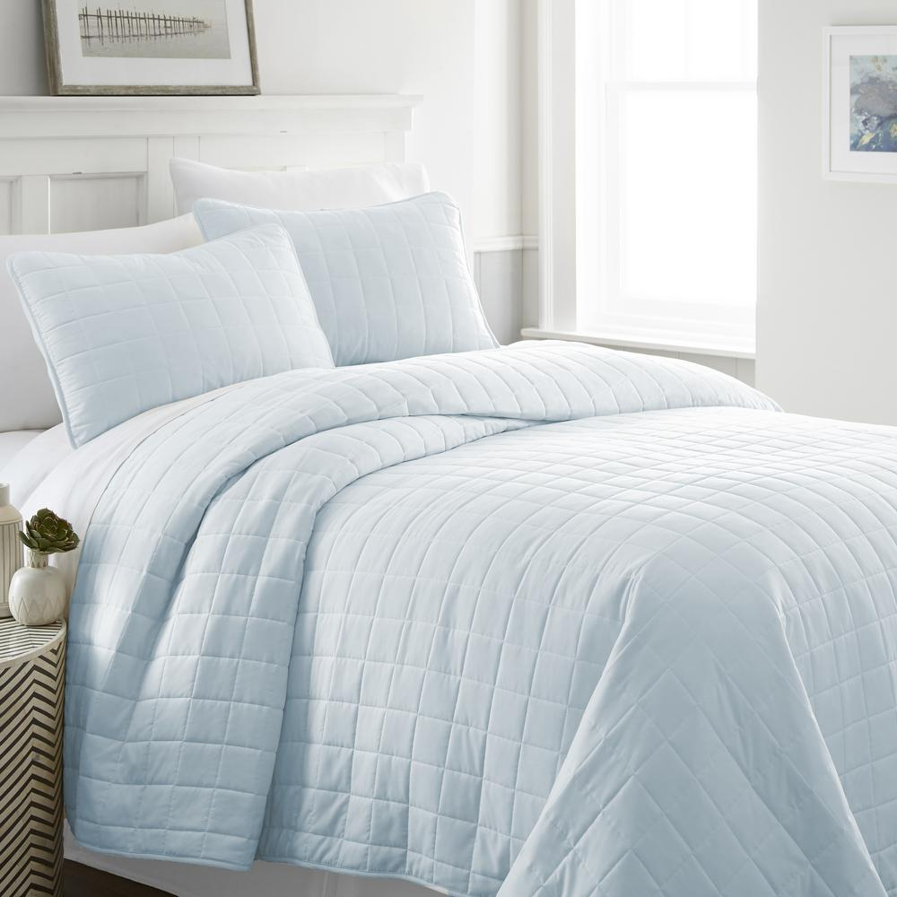 Square Pale Blue Queen Performance Quilted Coverlet Set