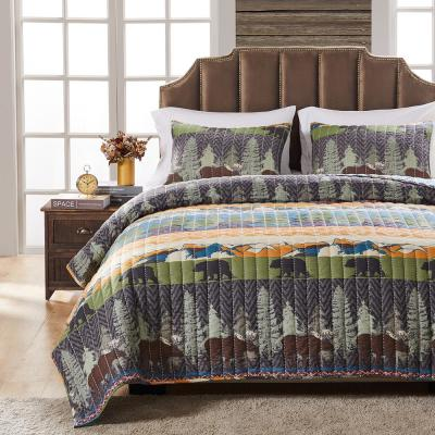 Black Bear Lodge 3-Piece Multicolored Queen Quilt Set