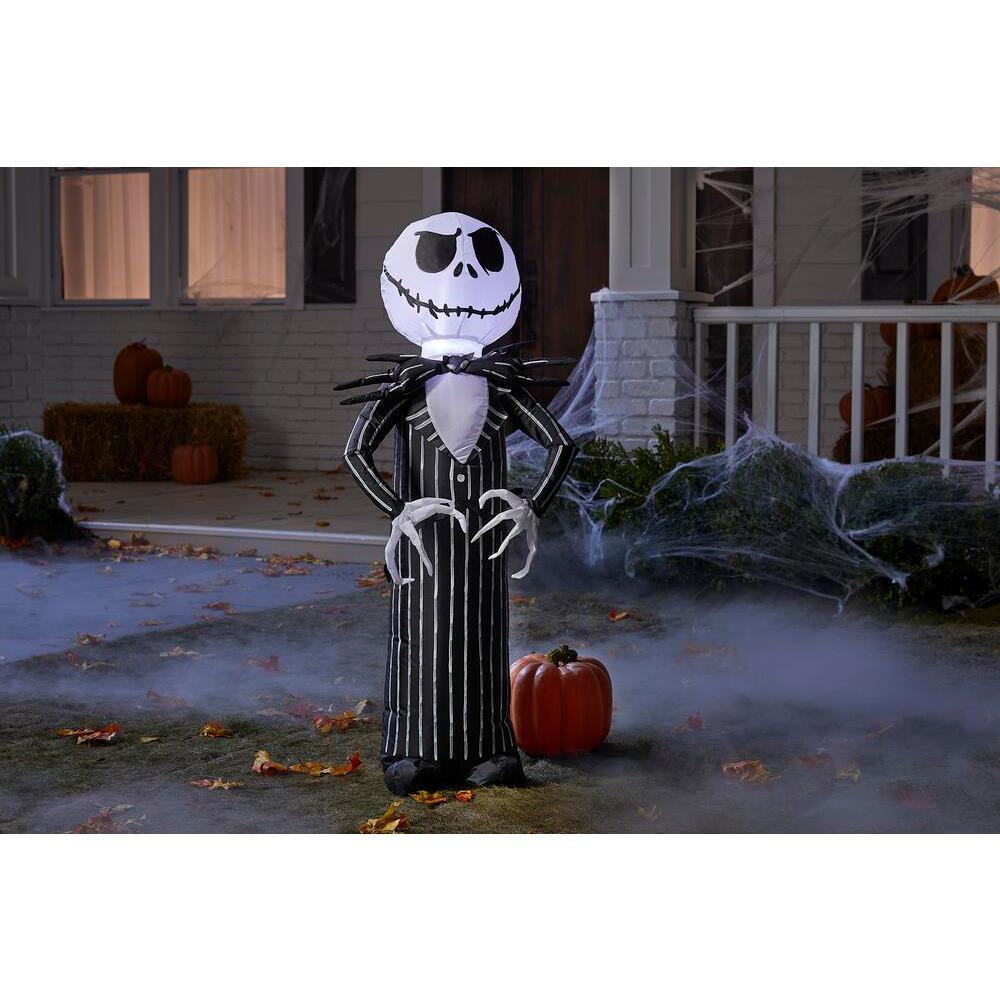 3.5 ft. Standing Jack Skellington Halloween Inflatable