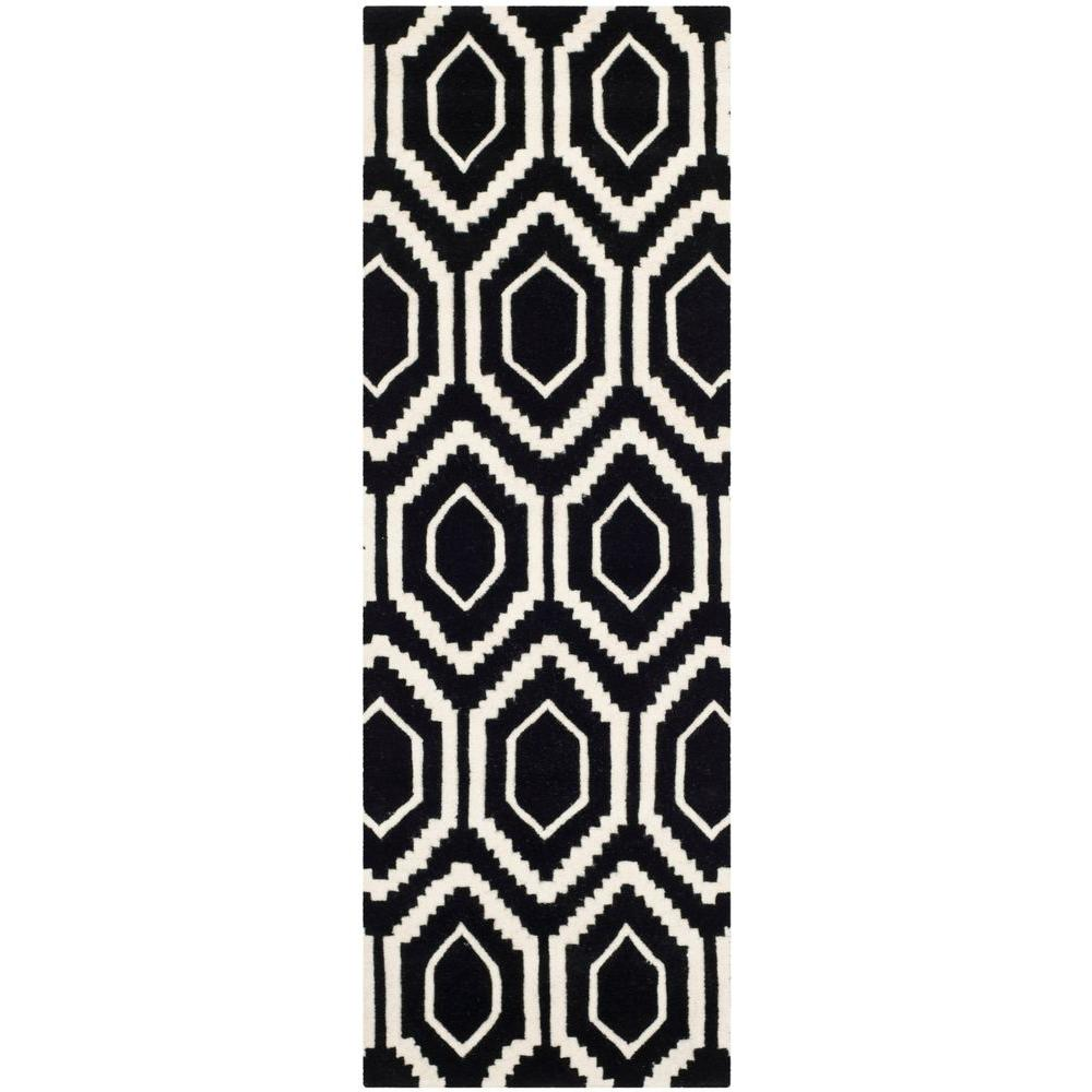 Chatham Black/Ivory 2 ft. 3 in. x 9 ft. Runner