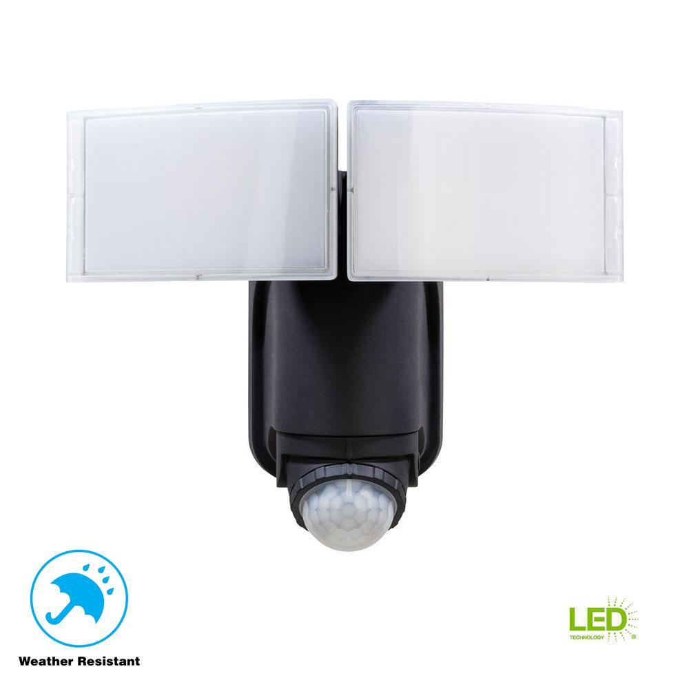 Amazing Defiant 180° Black Solar Powered Motion LED Security Light With Battery  Backup