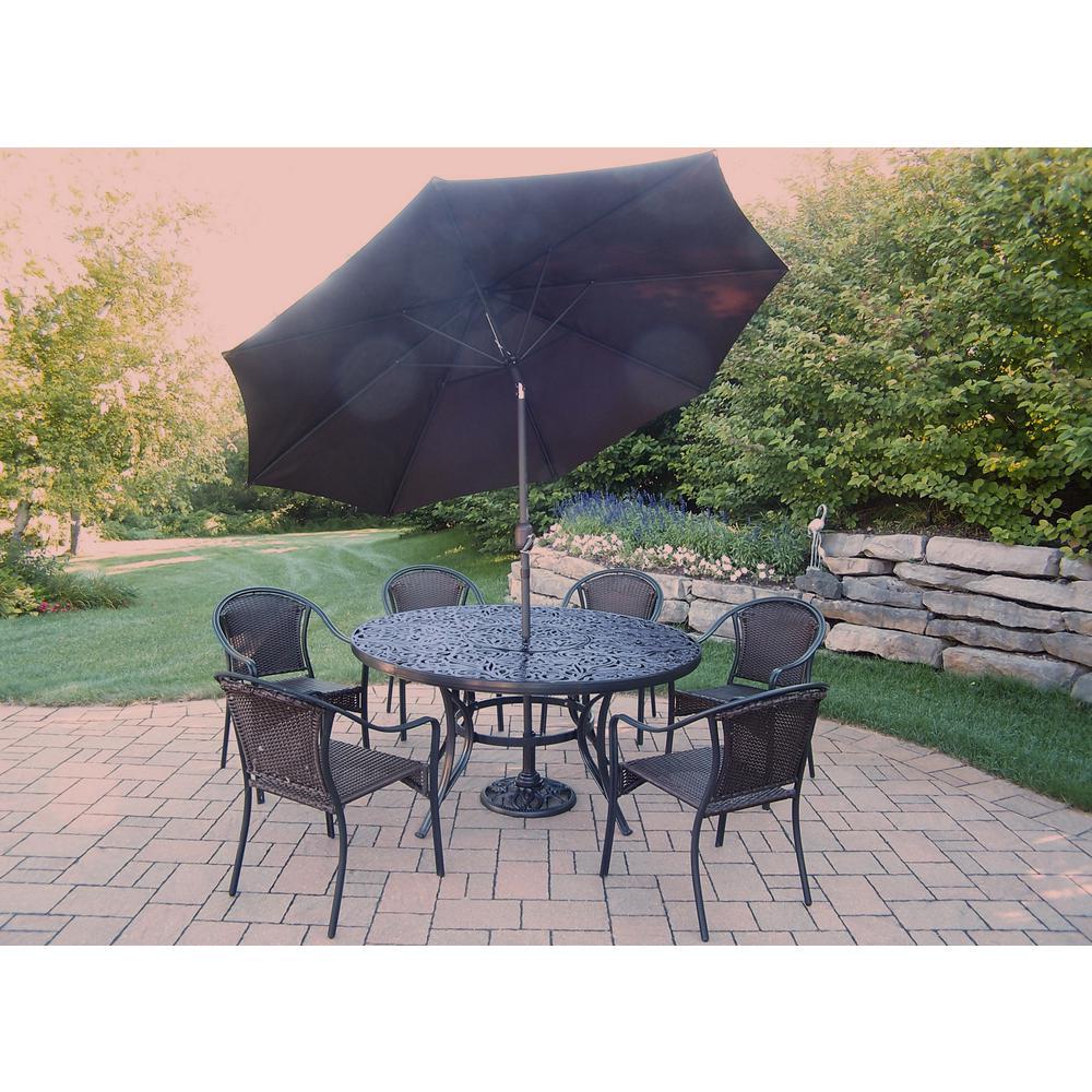 9 Piece Aluminum Outdoor Dining Set And Brown Umbrella