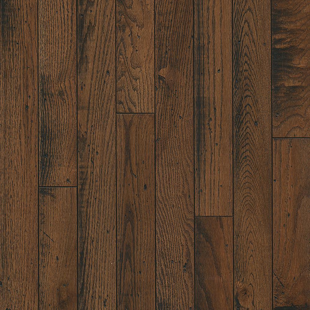 Bruce Take Home Sample - Oak Sleeping Bear Solid Hardwood Flooring - 5 in. x 7 in.