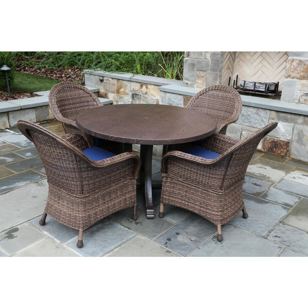 Woodington Brown 5-Piece Wicker Outdoor Dining Set with Navy Cushions