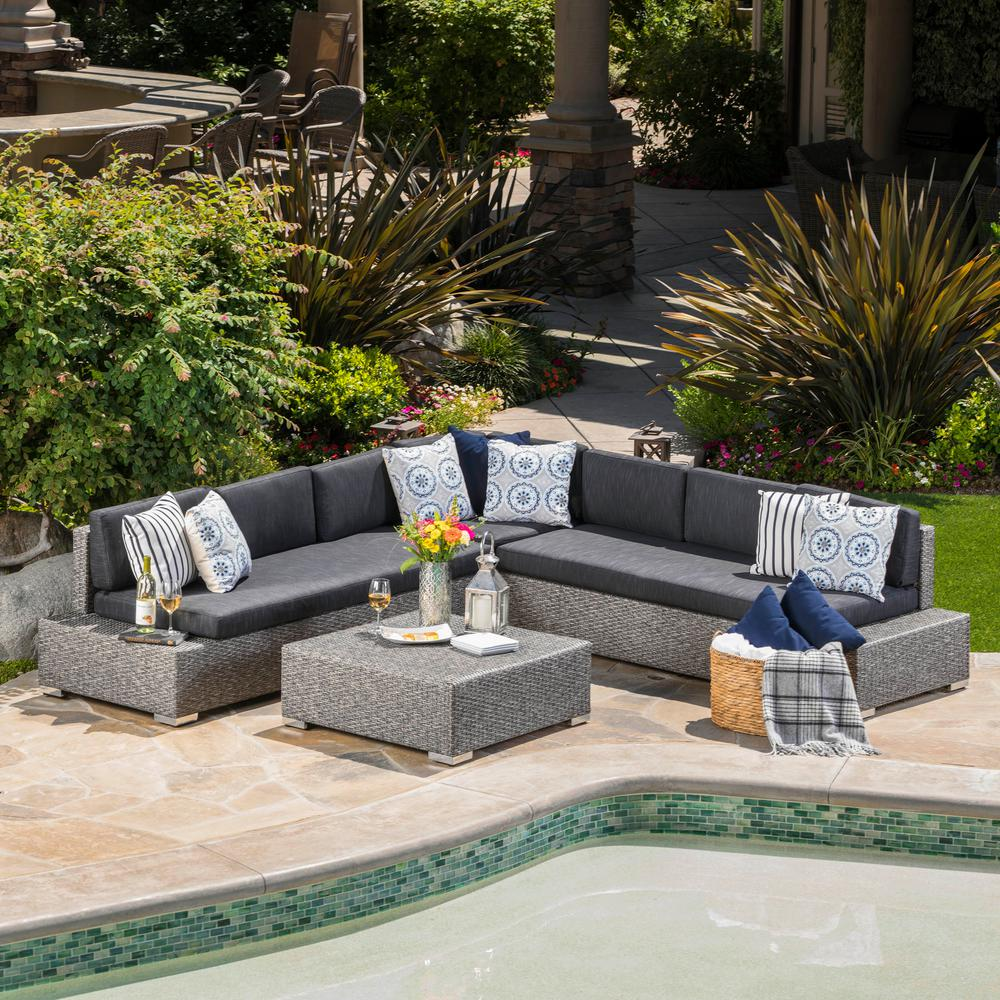 Puerta Mixed Black 4-Piece Wicker Outdoor Sectional with Dark Grey Cushions