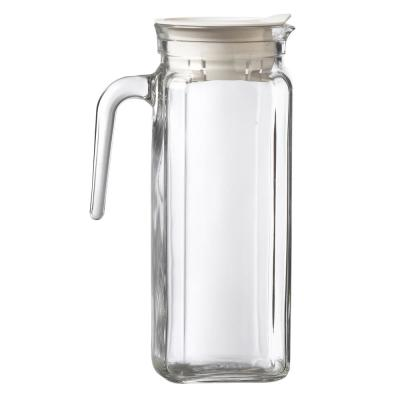 Igloo 34 oz. Clear Glass Pitcher with Plastic Lid