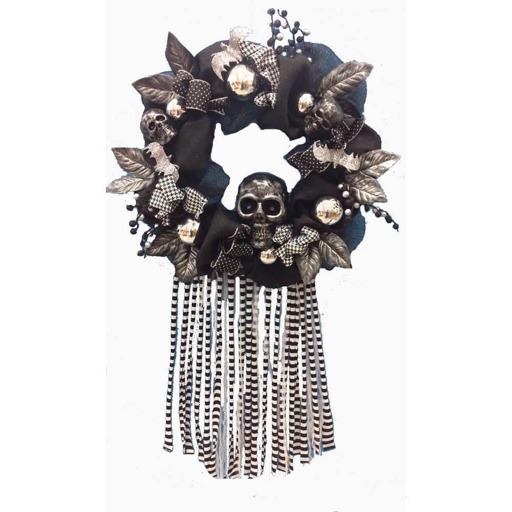 20 in. Mesh Halloween Artificial Wreath with Skull