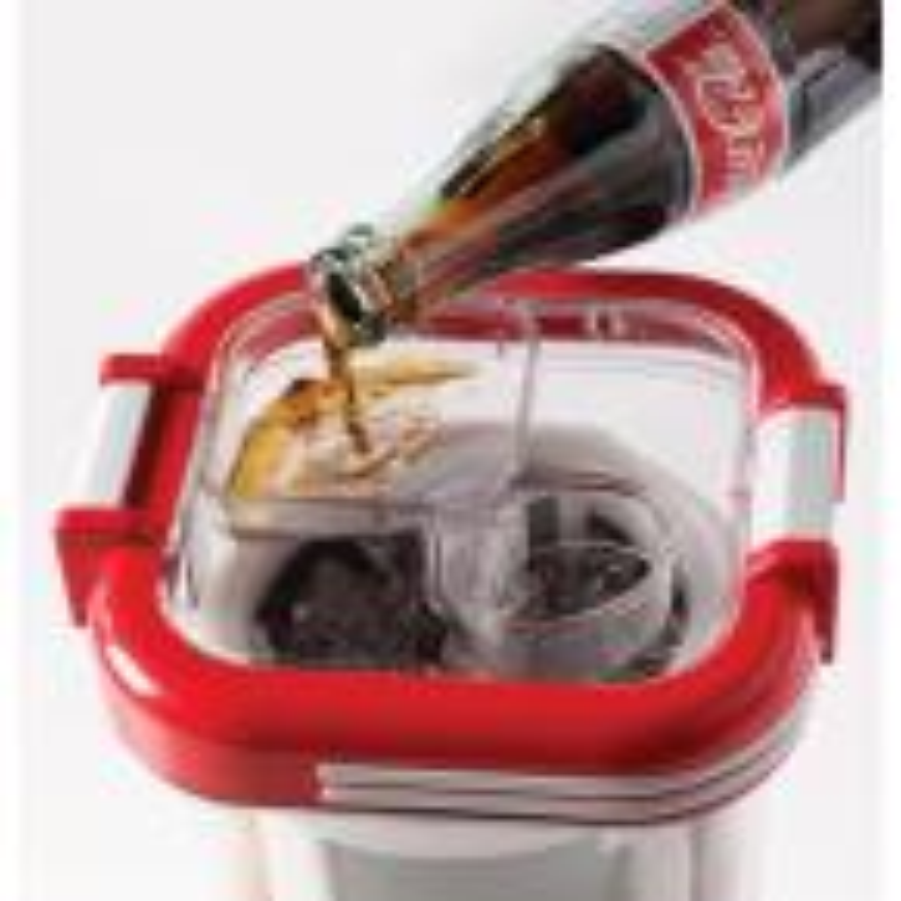 Nostalgia Coca-Cola 32 oz. Single Speed Red Slush Machine Blender