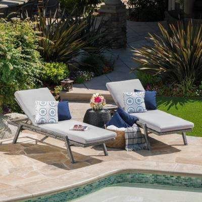Gray 2-Piece Wicker Outdoor Chaise Lounge Set with Gray Cushions