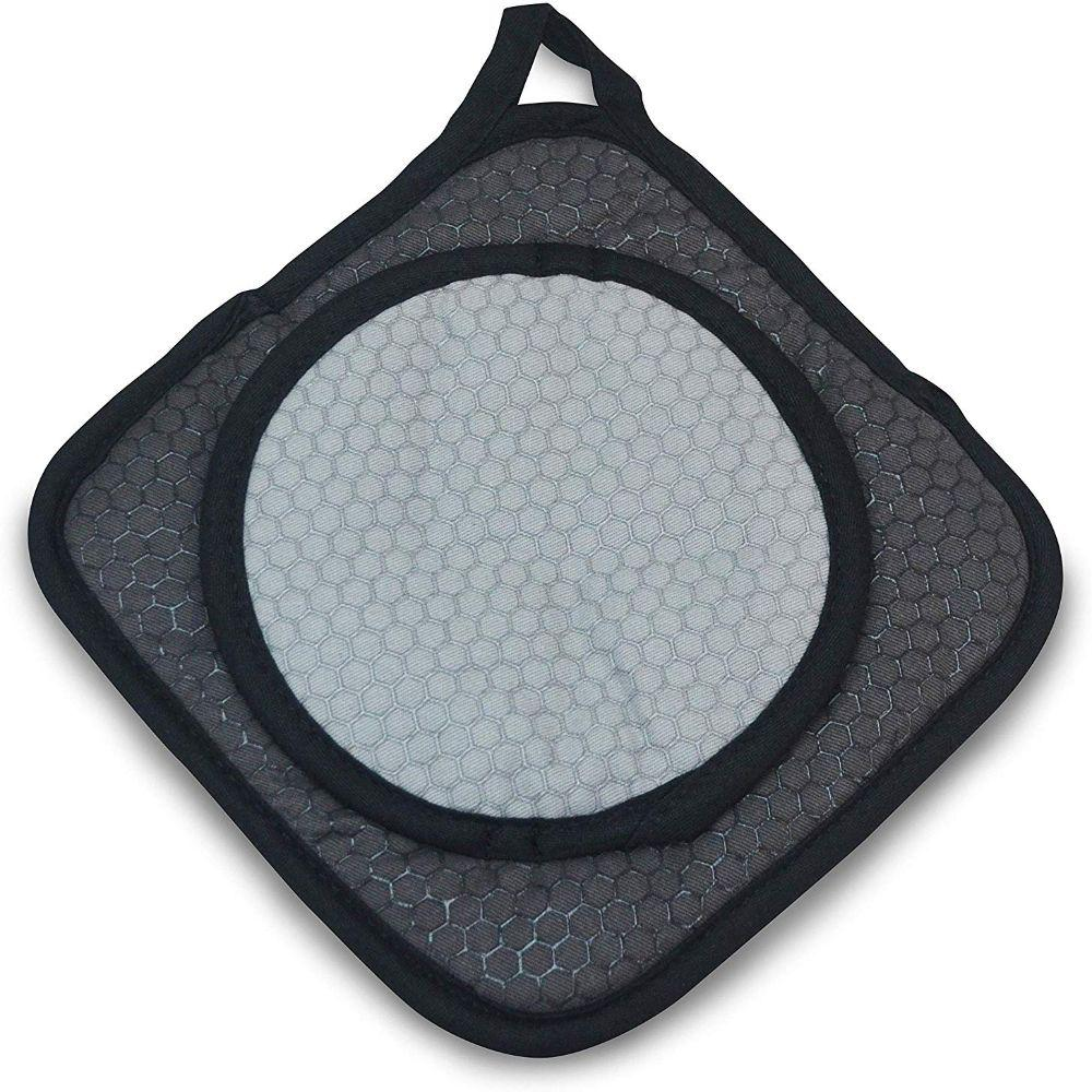 Black Grab and Grip Pot Holder/Trivet