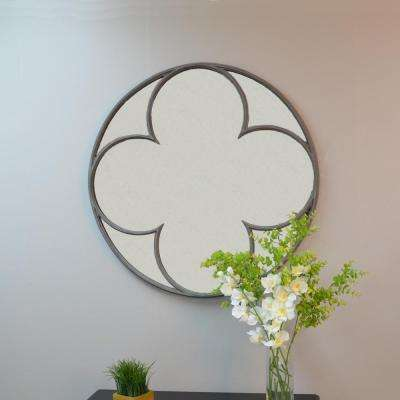 Hudson 30.4 in. Round Quatrefoil Mirror in Silver Gray ( Aged Iron)