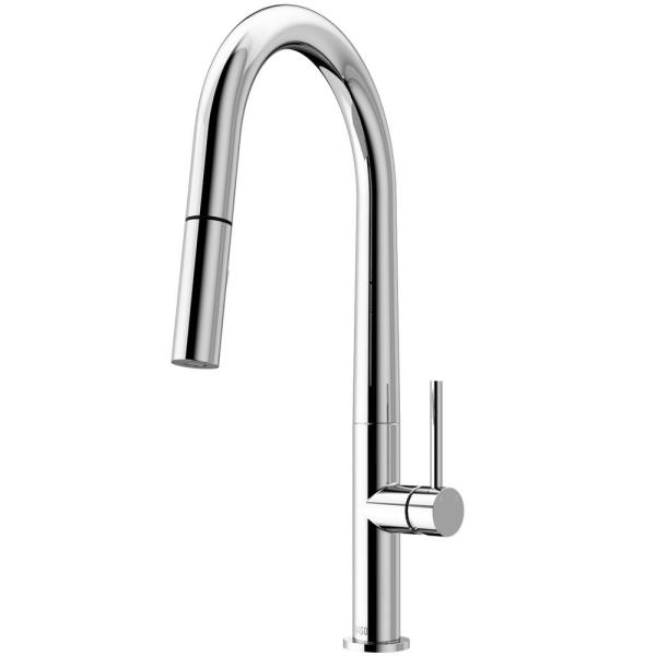 Greenwich Single-Handle Pull-Down Sprayer Kitchen Faucet in Chrome