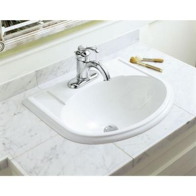 Fairfax Single Hole Single-Handle Water-Saving Bathroom Faucet in Polished Chrome