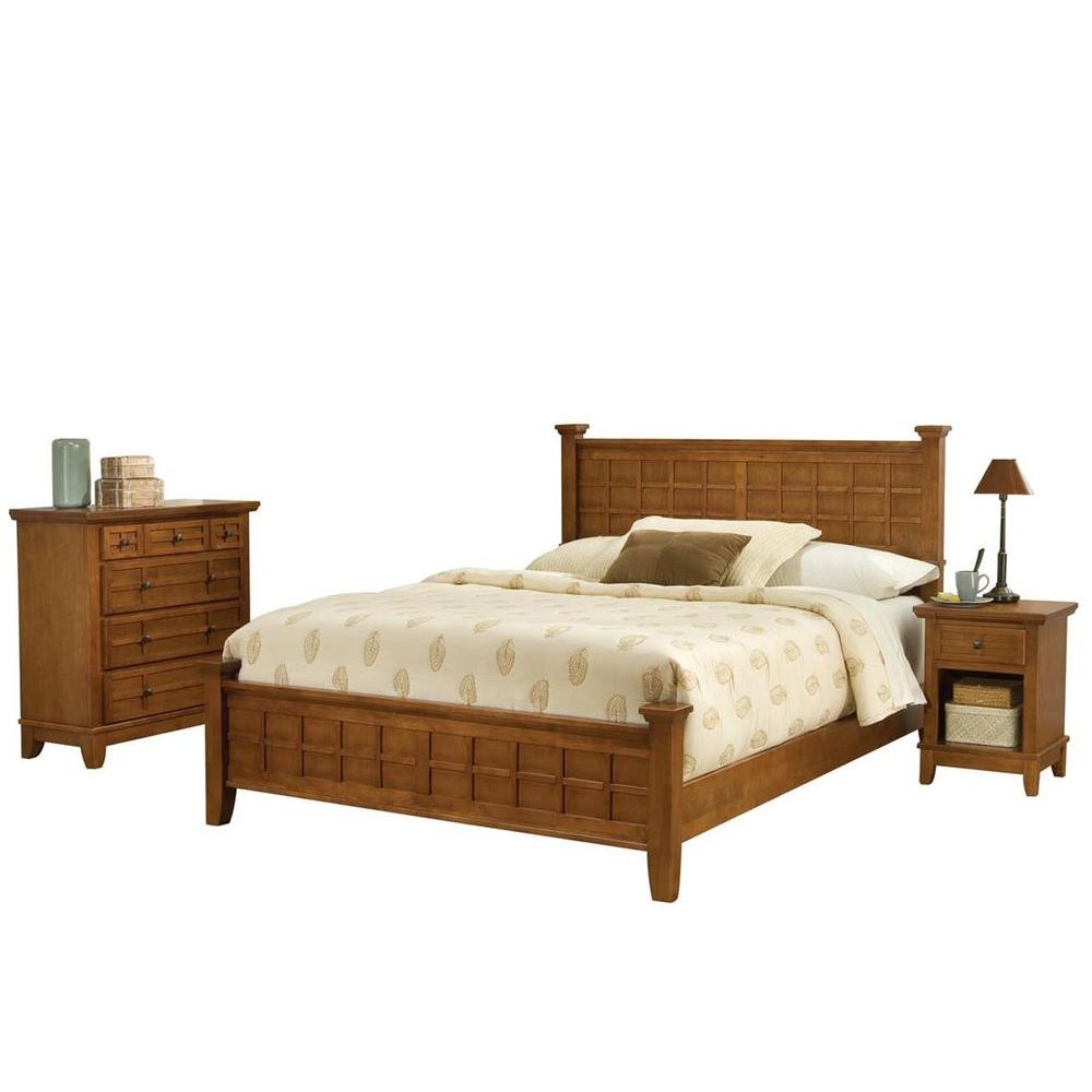 Home Styles Arts and Crafts Cottage Oak Queen Bed with 2 Nighstands and Chest