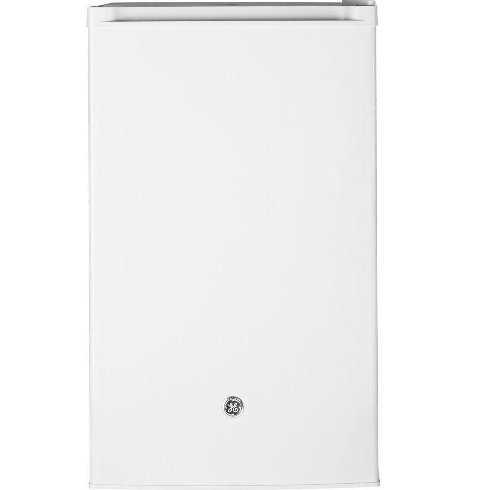 GE 4.4 cu. ft. Mini Refrigerator in White