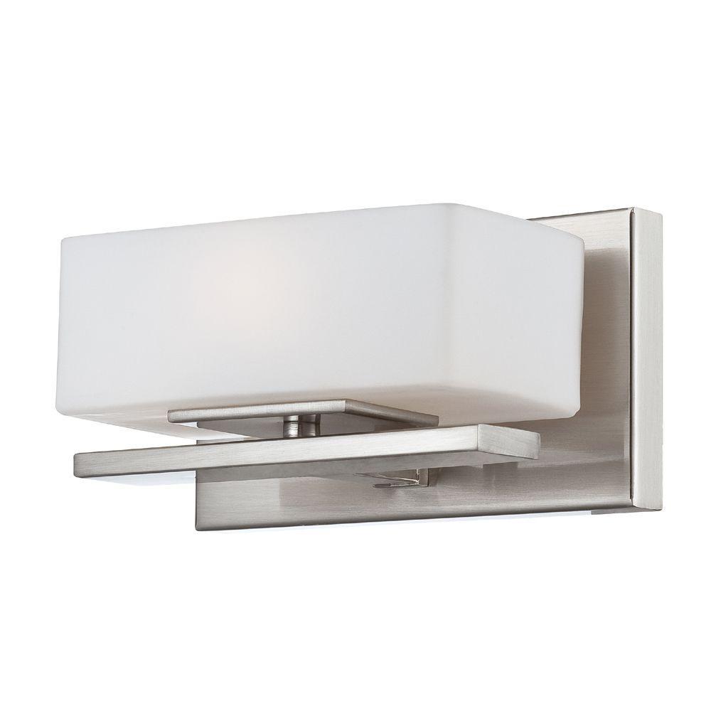 Meridian 1-Light Satin Platinum Interior Halogen Bath Vanity Light