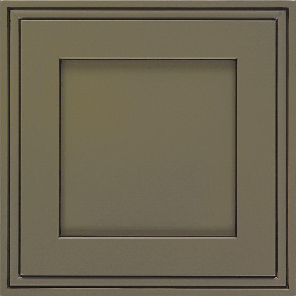 Thomasville Artisan 14.5x14.5 in. Cabinet Door Sample in Daladier Maple Sweet Pea Espresso