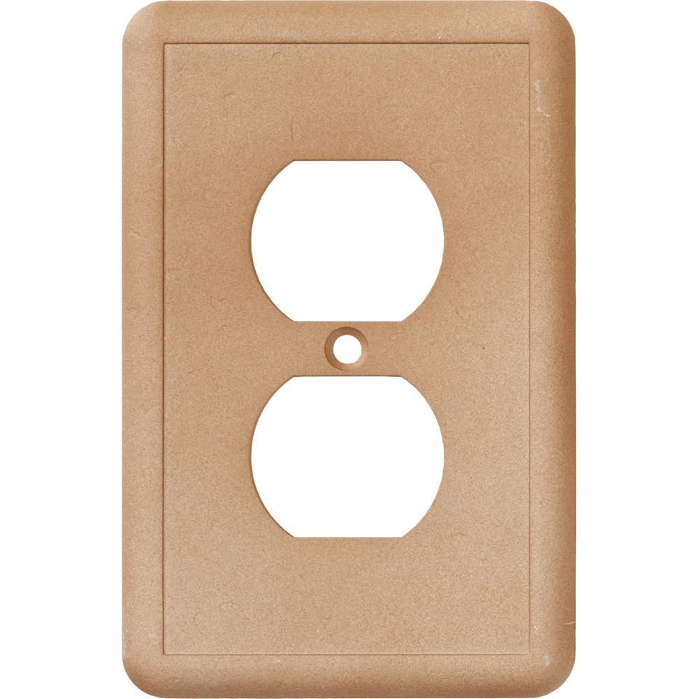 1 duplex outlet wall plate in noche