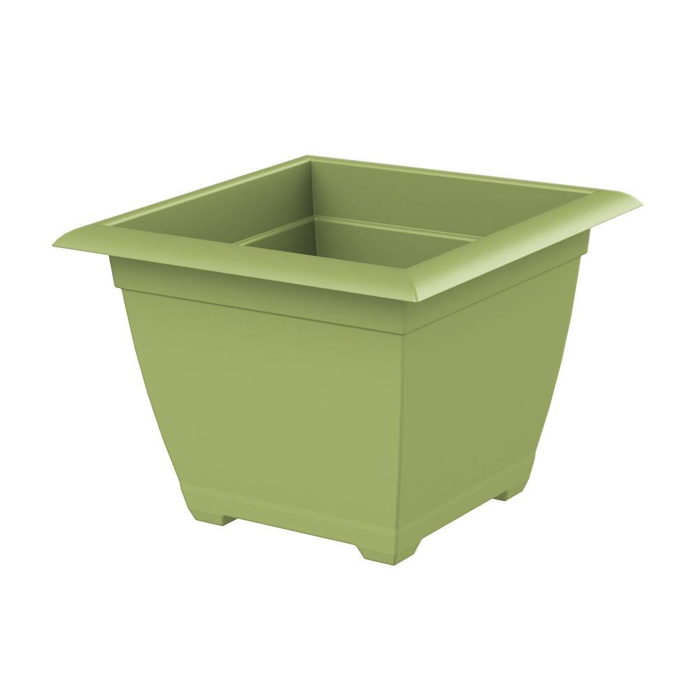 Dayton 14.75 in. W x 11.13 in. Tall Green Plastic Planter