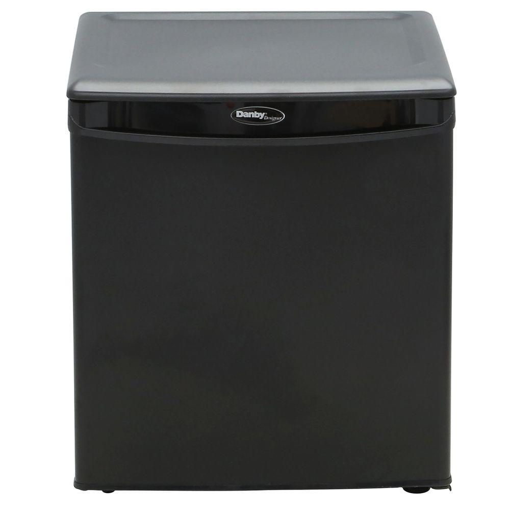 Igloo Mini Refrigerators Appliances The Home Depot