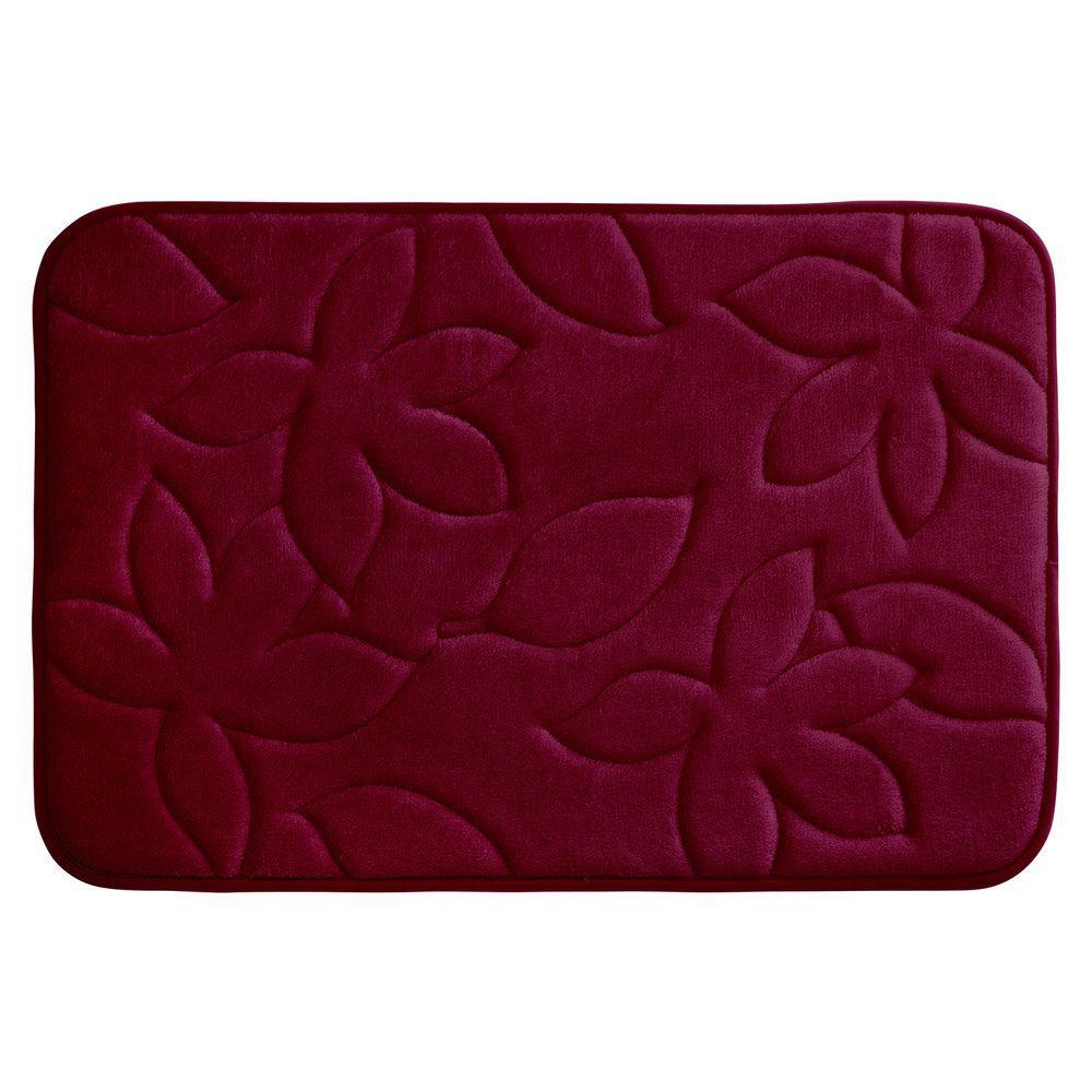 Blowing Leaves Red 20 in. x 34 in. Memory Foam Bath Mat