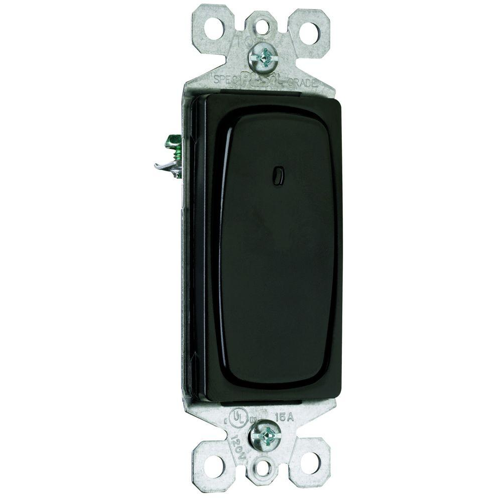 Pass & Seymour Signature 15 Amp 3 Way Rocker Lighted Switch - Black