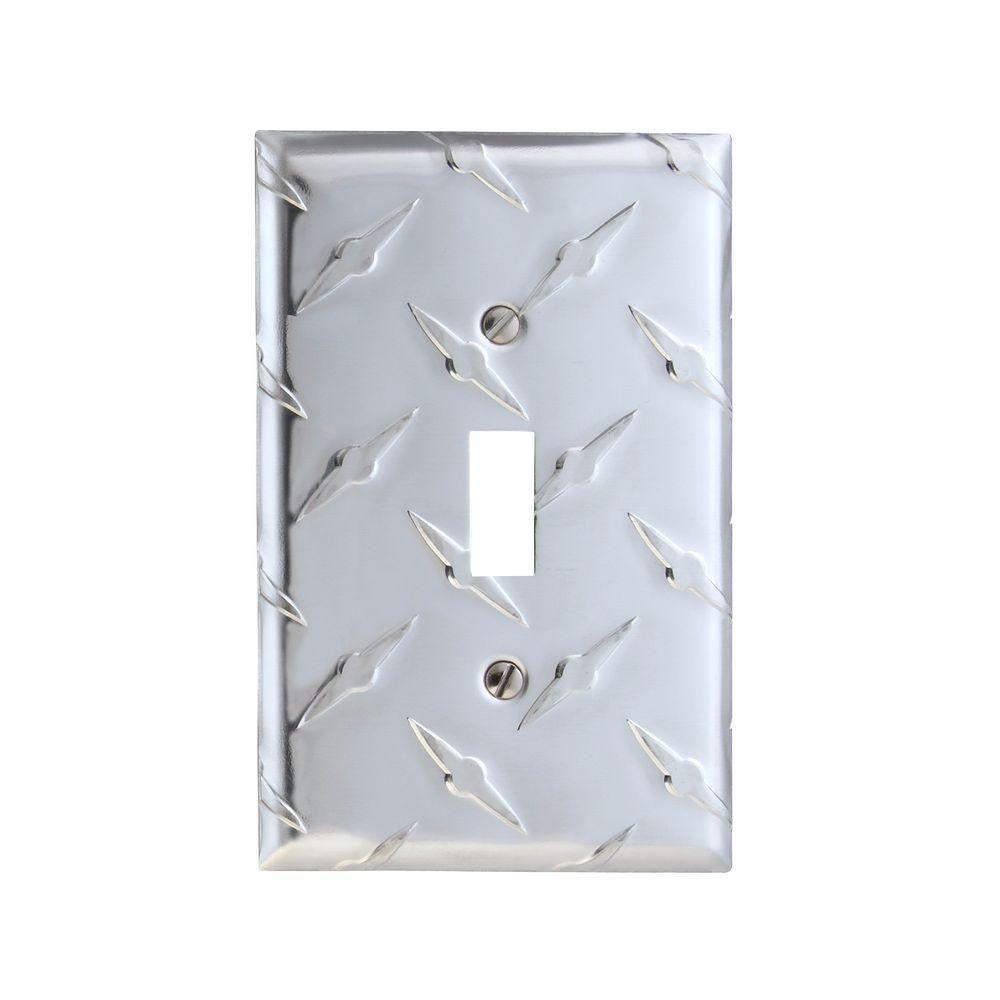Diamond Plate 1 Gang Toggle Aluminum Wall Plate - Aluminum