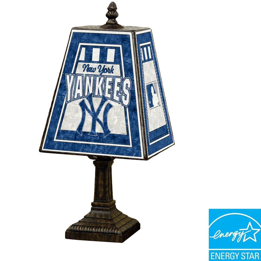 The Memory Company MLB 14 in. Art Glass Table Lamp - New York Yankees -DISCONTINUED