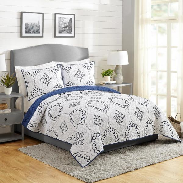Chambers 3-Piece Navy King Cotton Quilt Set