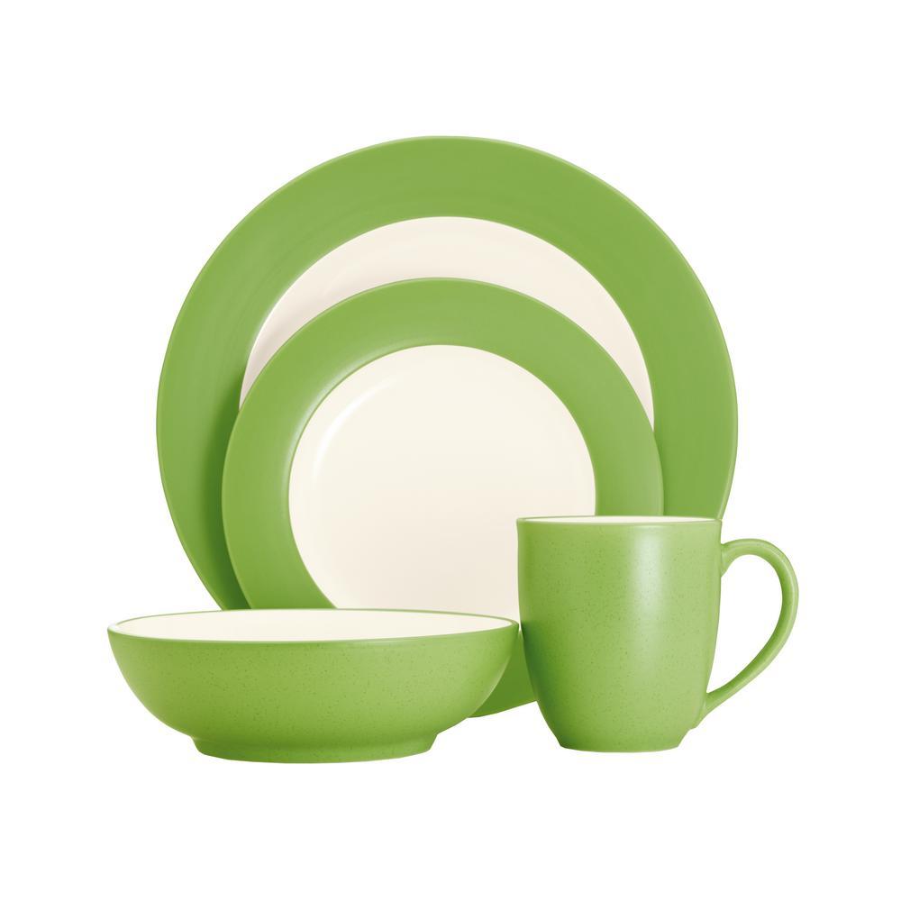 Colorwave 4-Piece Apple Rime Dinnerware Set
