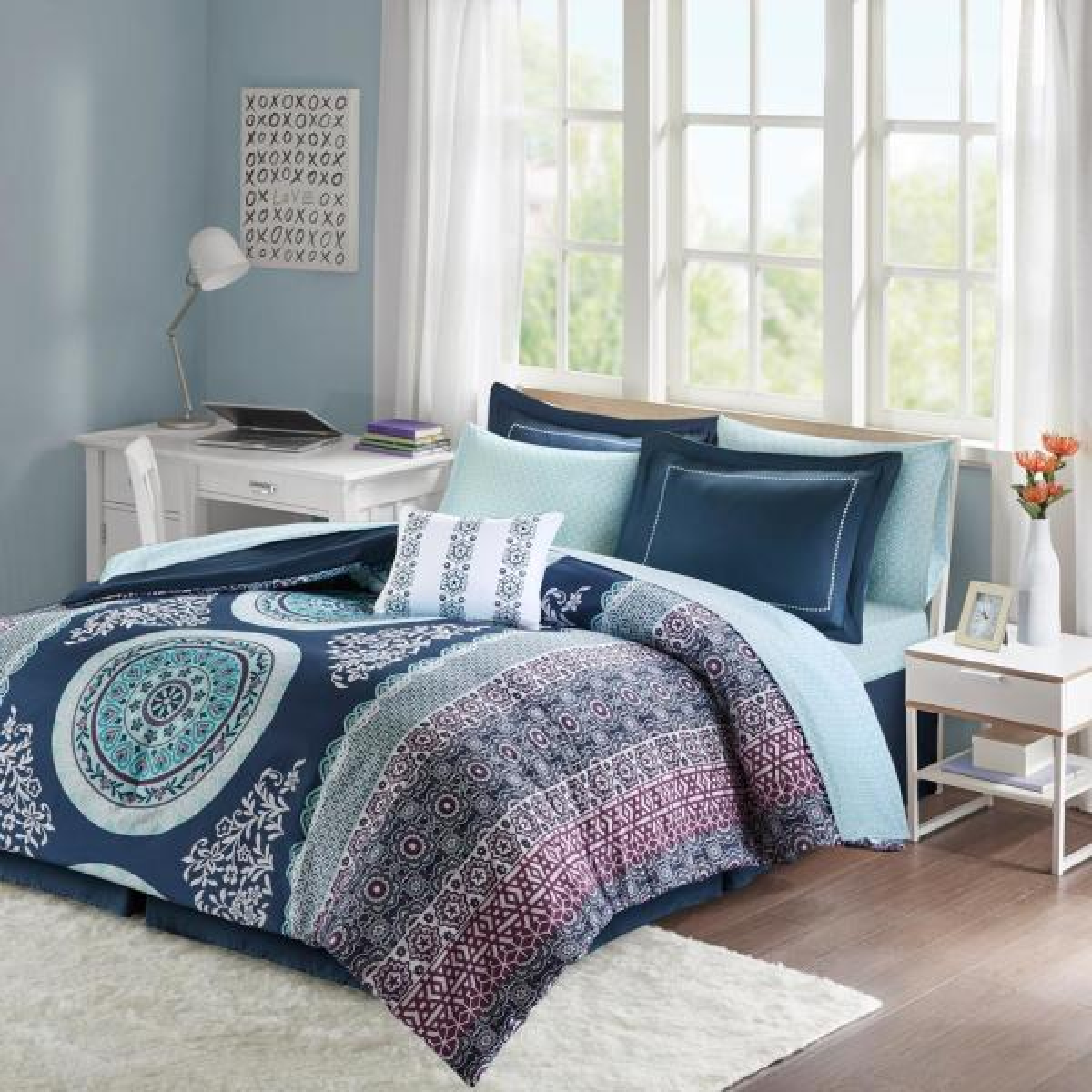 Intelligent Design Eleni 9-Piece Navy Queen Boho Comforter Set ID10-1377