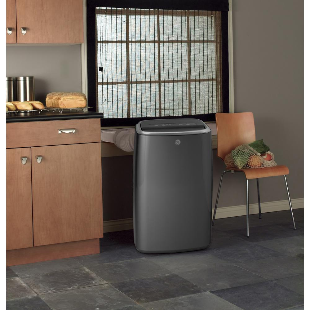 Ge 13 500 Btu 7 850 Btu Doe Portable Air Conditioner With Dehumidifier And Remote In Gray Apha14nylb The Home Depot