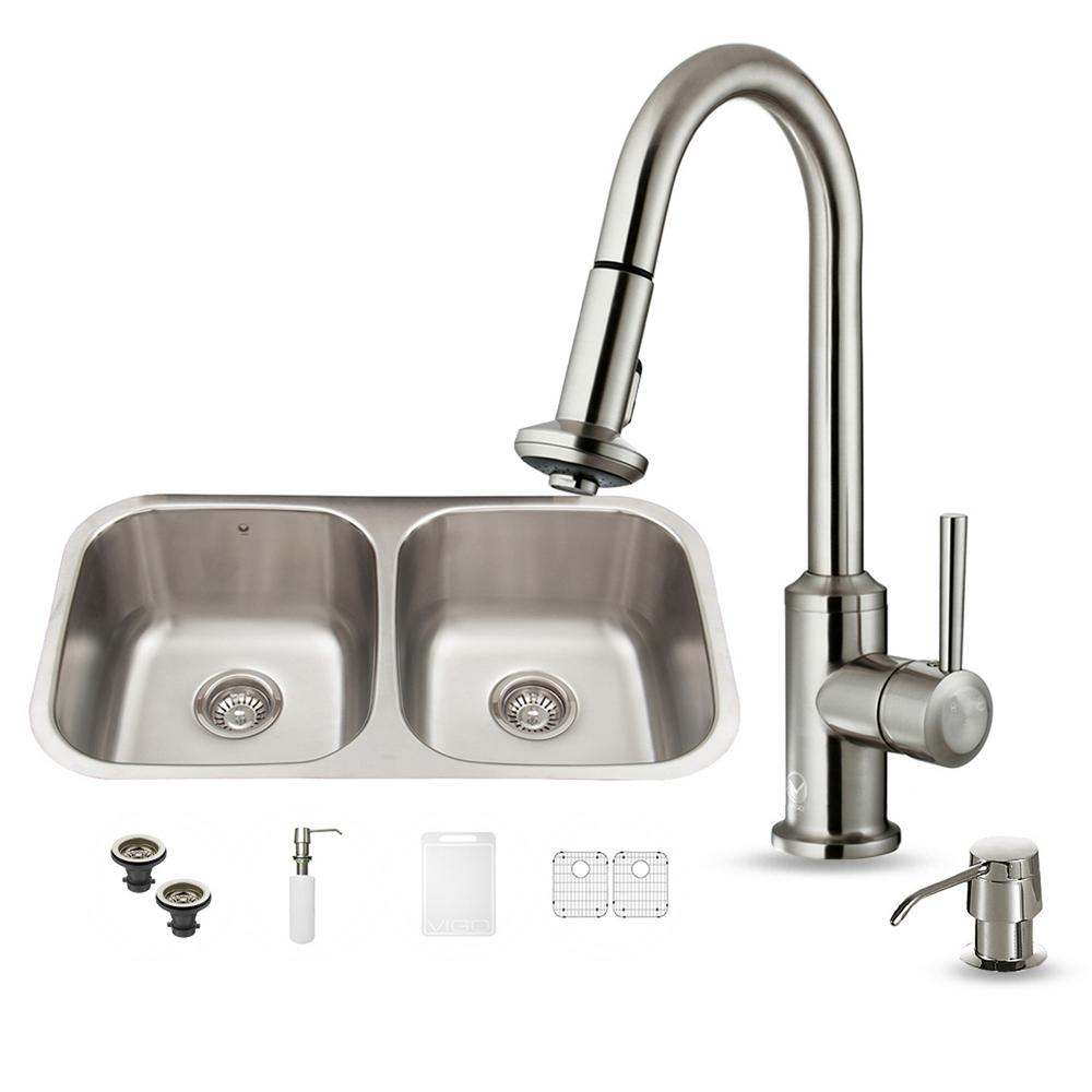 VIGO All-in-One Undermount Stainless Steel 32 in. Double Bowl Kitchen Sink in Stainless Steel
