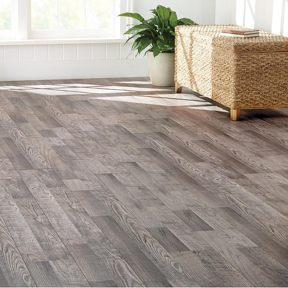 Home Decorators Collection Eir Royal Victorian Oak 12 Mm Thick X